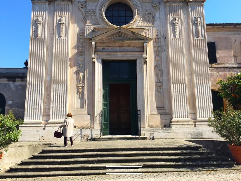 facciata-chiesa-scalinata