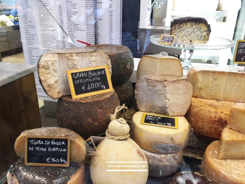 mercatocentrale-formaggi2bis
