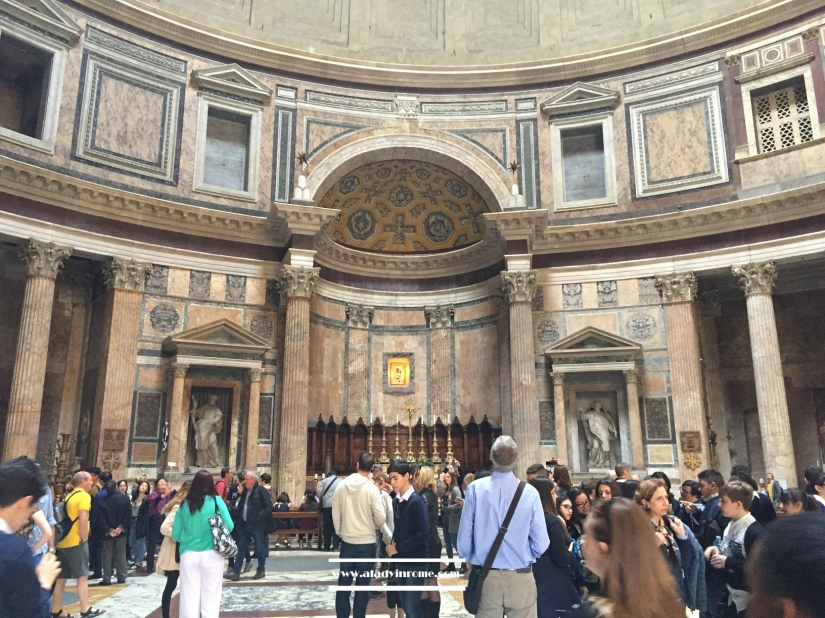 walk-roma- pantheon
