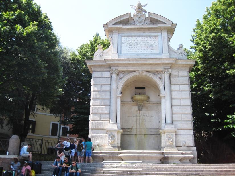 Piazza Trilussa, Trastevere